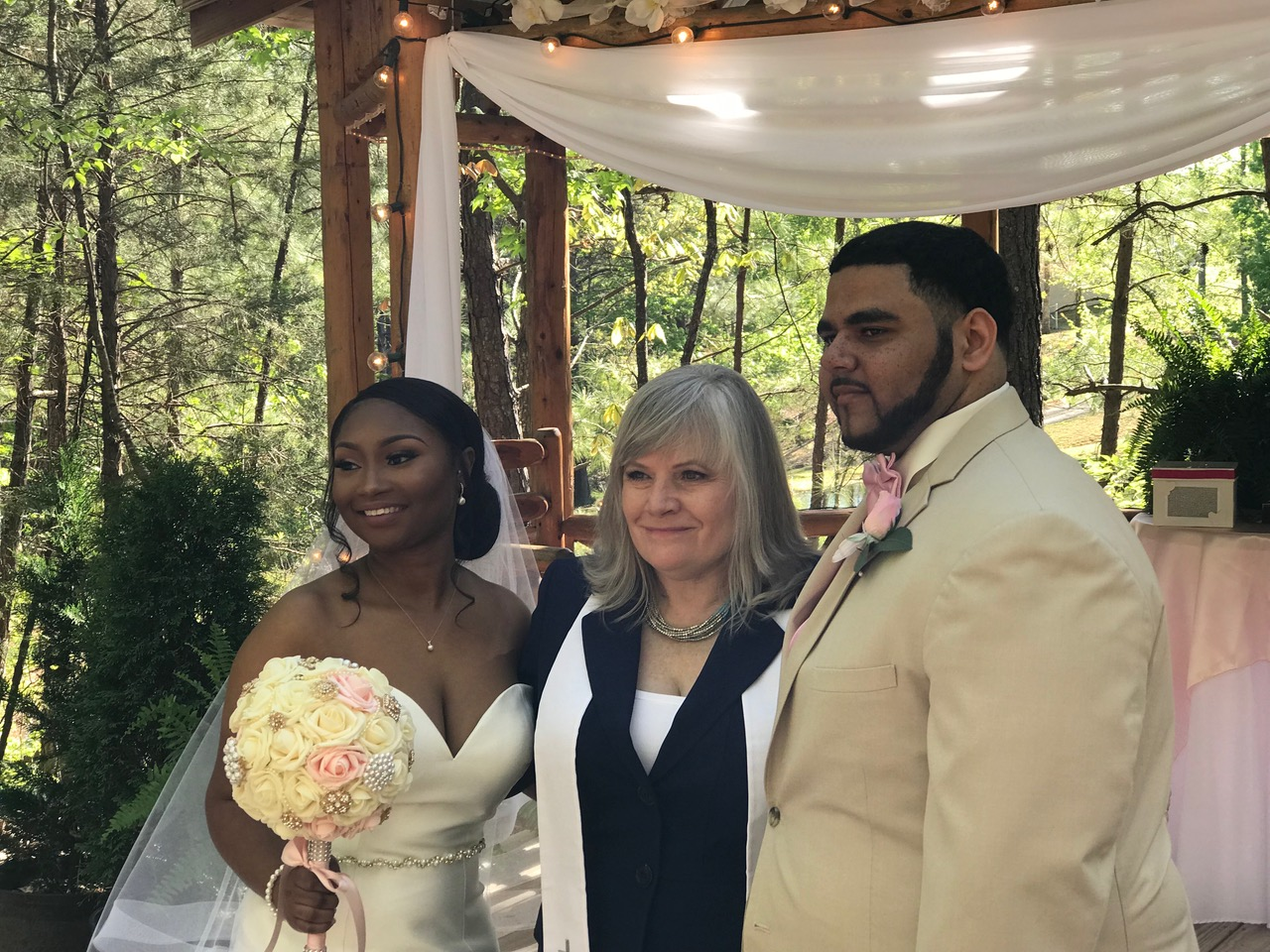 Featured Bride July 2018 - Jasmine Denson